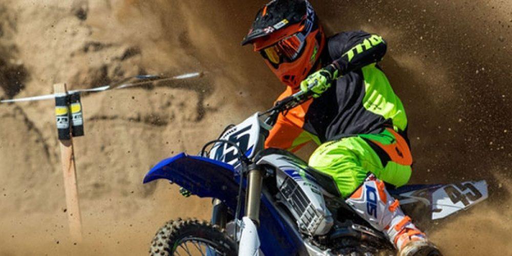 Comment bien s'équiper en motocross ?
